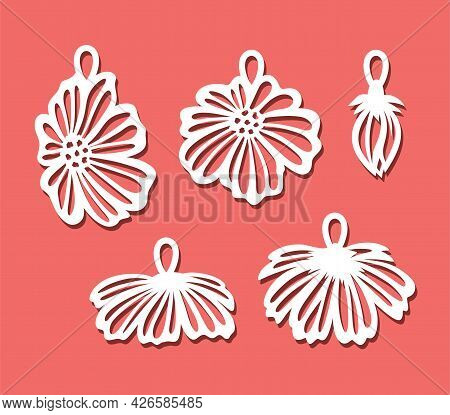 Set Of Pendants With Flowers. Decorative Hanging Decorations With Flower Buds, Chamomile Petals For