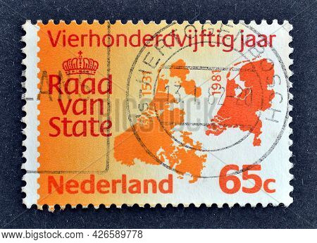 Netherlands - Circa 1981 : Cancelled Postage Stamp Printed By Netherlands, That Shows Map Of The Net