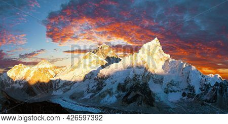 Mount Everest, Evening Panoramic View With Beautiful Sunset Clouds From Kala Patthar, Sagarmatha Nat