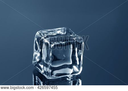 ice cubes on the glass