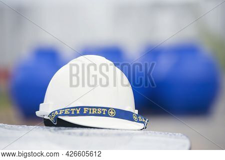 Construction Hard Hat Safety Tools Equipment For Workers In Construction Site For Engineering Protec