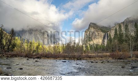 Wide Angle Winter View Of Yosemite Valley From Valley View