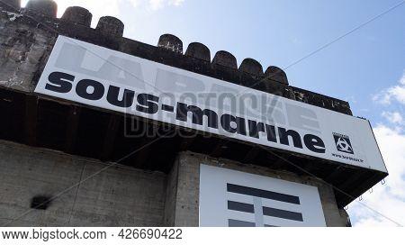 Bordeaux , Aquitaine France - 07 07 2021 : La Base Sous Marine Text Sign Of Submarine Base Public Bu