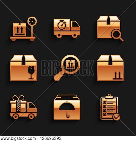 Set Search Package, Delivery With Umbrella, Verification Of Delivery List, Cardboard Box Traffic, Tr