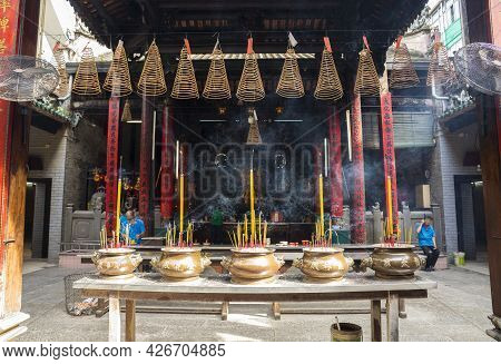 Ho Chi Minh, Vietnam - Oct 17, 2019 : Interior View Of Chua Ba Thien Hau Temple In Ho Chi Minh City,