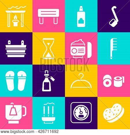 Set Bath Sponge, Toilet Paper Roll, Hairbrush, Spray Can For Hairspray, Sauna Hourglass, Bucket, Aro