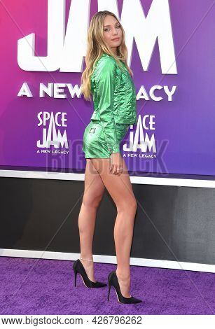 LOS ANGELES - JUL 12: Maddie Ziegler arrives for the 'Space Jam: A New Legacy' World Premiere on July 12, 2021 in Los Angeles, CA