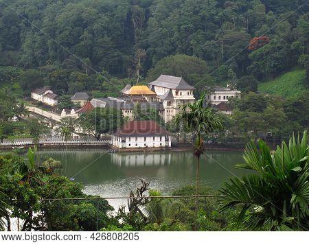 Kandy, Sri Lanka - 07 Jan 2011: The View On Kandy Lake, Sri Lanka