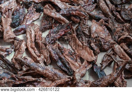 Dried Healthy Treats For Pets. Beef Lungs. Treats For Pampering And Exercise. Selective Focus
