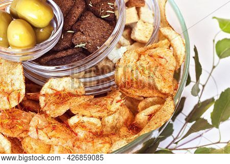 Selected Focus, Food Composition With Salty Snacks: Rye Crackers, Wheat Crackers, Potato Chips With