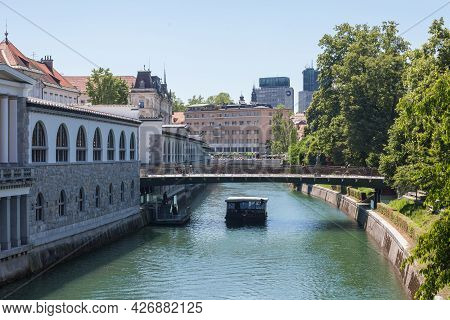 Ljubljana, Slovenia - June 14, 2021: Panorama Of Ljubljanica River In The City Center Of Ljubljana W