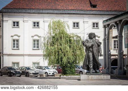 Kranj, Slovenia - June 15, 2021: Selective Blur On A Statue Of France Preseren, Or Presernov Spomeni