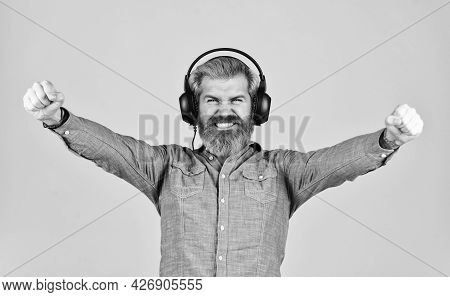 Dj Hipster. Excellent Music Playlist. Man Bearded Hipster Headphones Listening Music. Singer On Rehe