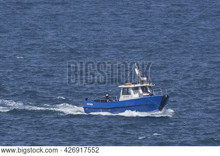 Martin\'s Haven, Pembrokeshire, Wales - July 13, 2021: Empty Boat Arriving At The Small Harbour Of M