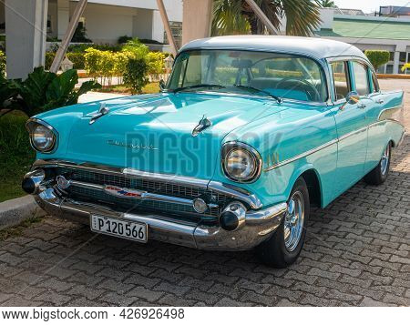 Cayo Coco, Cuba, 16 May 2021: Chevrolet Bel Air Car Is Parked Outside A Cuban Hotel Tryp Cayo Coco.