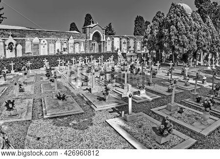 Venice, Italy, Apr 4, 2007: Gravestones At Cemetery Island Of San Michele In Venice, Italy. San Mich