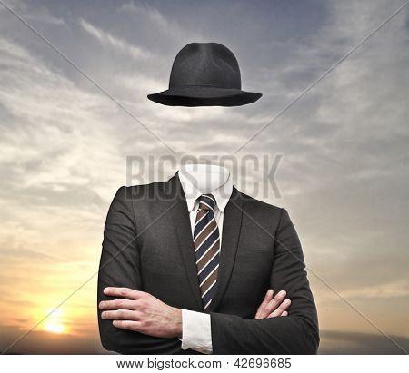 unsichtbare Geschäftsmann mit Hut