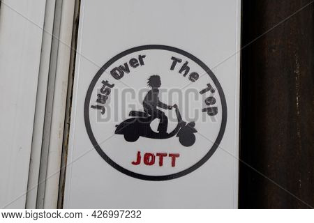 Toulouse , Occitanie France  - 06 25 2021 : Jott Logo Brand And Text Sign Scooter Man Of Just Over T