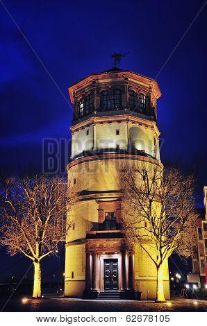 Schlossturm In Dusseldorf