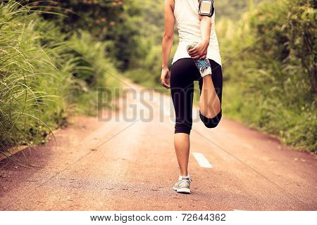 woman runner warm up outdoor