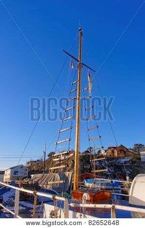 Wooden Mast On A Cutter Fishing