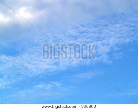 구름에 떠 있는