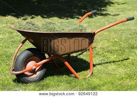 The Straw In The Wheelbarrow