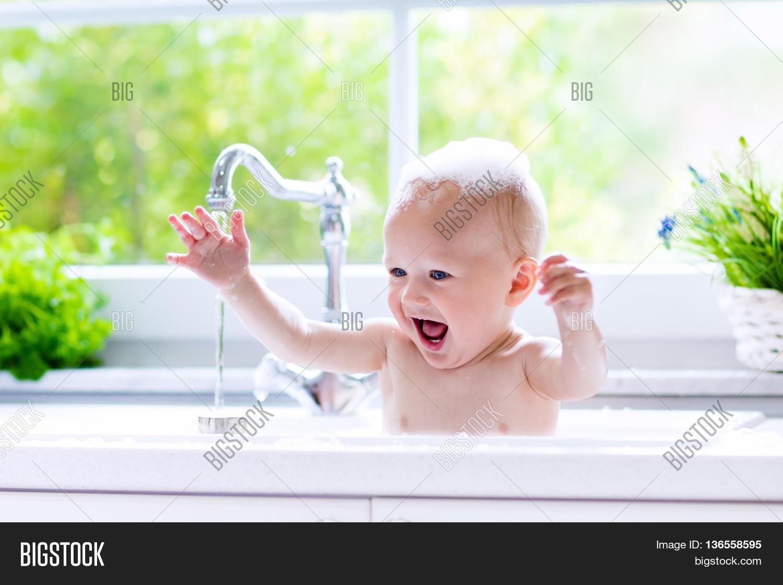 Baby Taking Bath Image & Photo (Free Trial) | Bigstock