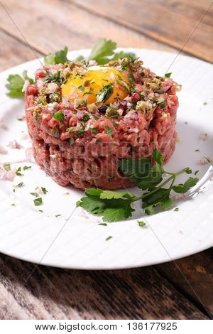 french dish,steak tartar