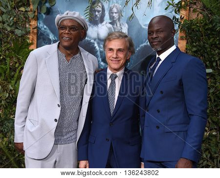 LOS ANGELES - JUN 27:  Samuel L. Jackson, Christoph Waltz & Djimon Hounsou arrives to the