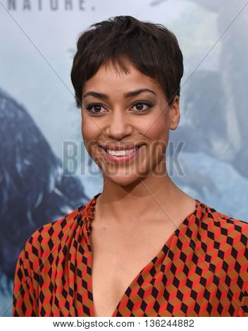 LOS ANGELES - JUN 27:  Cush Jumbo arrives to the