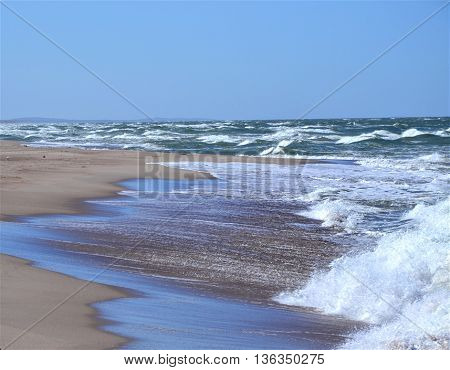 hite Sea. Baltika. Curonian Spit. Spring. Sands. Day.