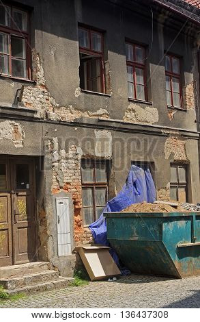 The facade of the old destroyed house