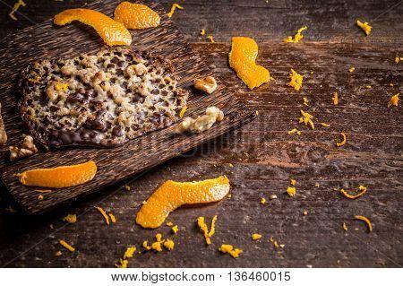 Candied Orange Brittle Cake