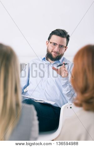 Good Therapist Should Be Convincing