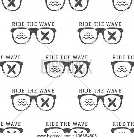 Vector Surfing Seamless pattern with surfing glass. Board for surfing, surf waves elements. Surfing wallpaper printing design. Surfboards. Summer print, background texture. Surf the wave text.