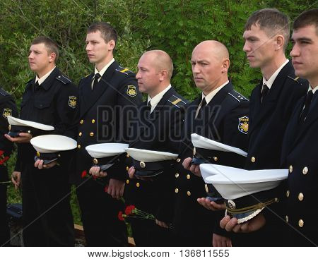 Murmansk Russia - August 12 2013 Russian sailors are expected to honor their fallen comrades