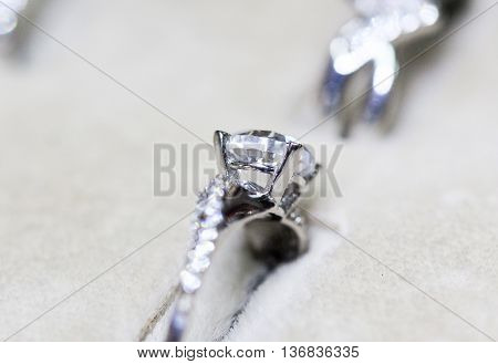 picture of a Fashion jewellery gold  ring with zircon