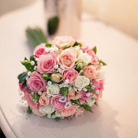 beautiful pink roses wedding bouquet close up