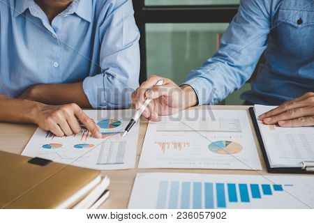 Confident Business Leader, Business Team Meeting Conference In Office, The Senior Executive Working