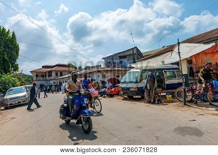 Stone Town, Zanzibar - January 9, 2015: Street Of Stone Town On Sunny Day. Stone Town Is The Oldest