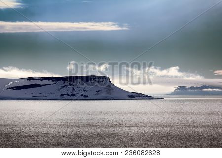 Islands Along British Channel. Glaciers, Icefall, Outlet Glacier, Snowfields And Rock Outcrops. Nort