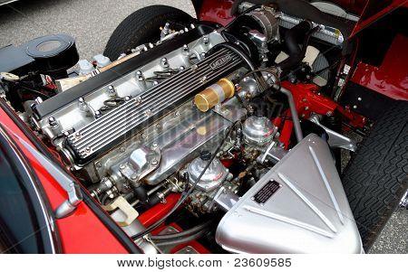 JAGUAR E-TYPE ENGINE