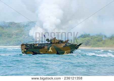 Chonburi, Thailand - February 17, 2018: Assault Amphibious Vehicle Of South Korea Sails Along The Se