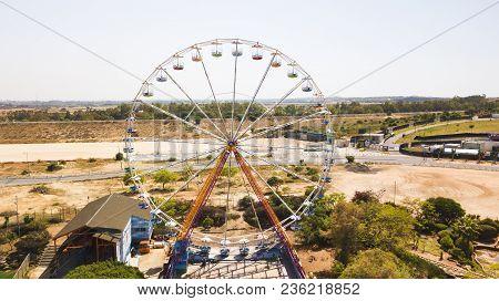 Rishon Le Zion, Israel -april 14, 2018: Ferris Wheel In Superland In Rishon Le Zion, Israel.