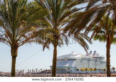 Malaga, Spain - March 27, 2018. Cruise Ship Symphony Of The Seas, Anchored In The Port Of Malaga
