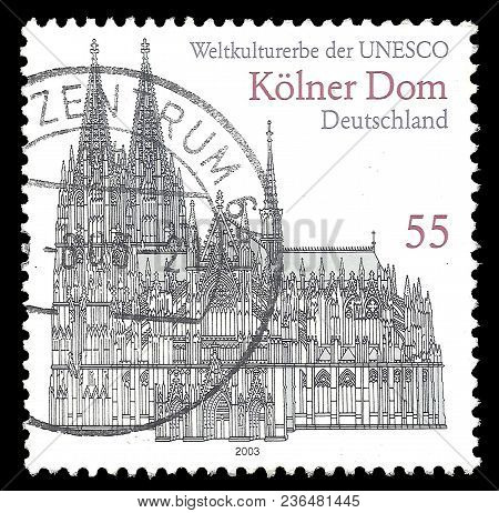 Germany - Circa 2003: Stamp Printed By Germany, Color Edition On Unesco World Heritage Sites, Shows