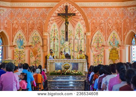 Chantaburi, Thailand - January 1, 2016: Group Of Pastors Doing Religion Ceremony  While Christian Pe
