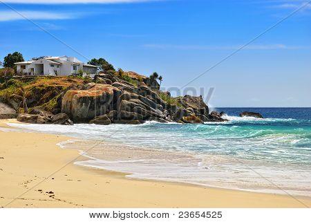 House On The Ocean Shore