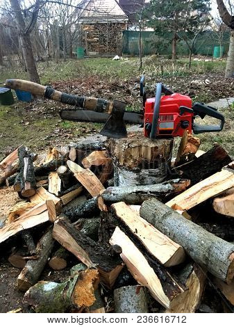Ax Against The Chainsaw. The Concept Of The Choice Of The Instrument.